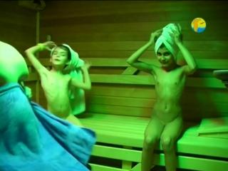 Naturist - Girls in Sauna