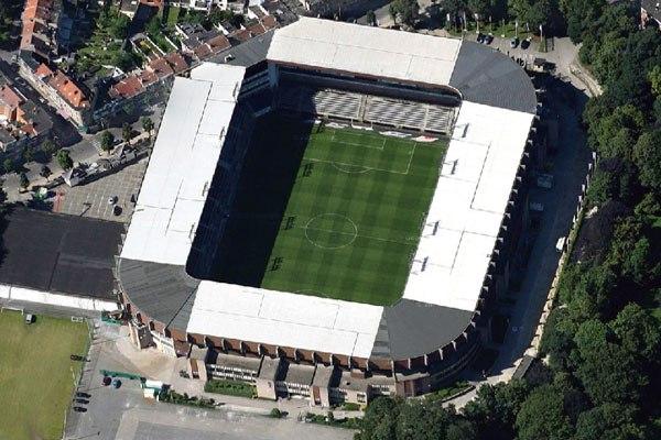 "Стадион ""Констант Ванден Сток"" (Stade Constant Vanden Stock), Брюссель"