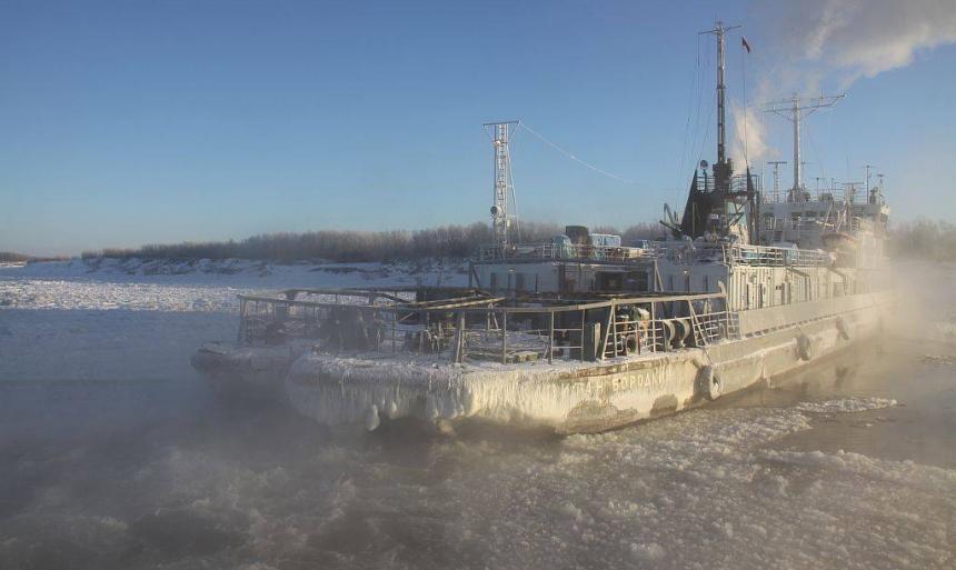 С 16 октября на паромной переправе Якутск — Нижний Бестях будет работать только один паром
