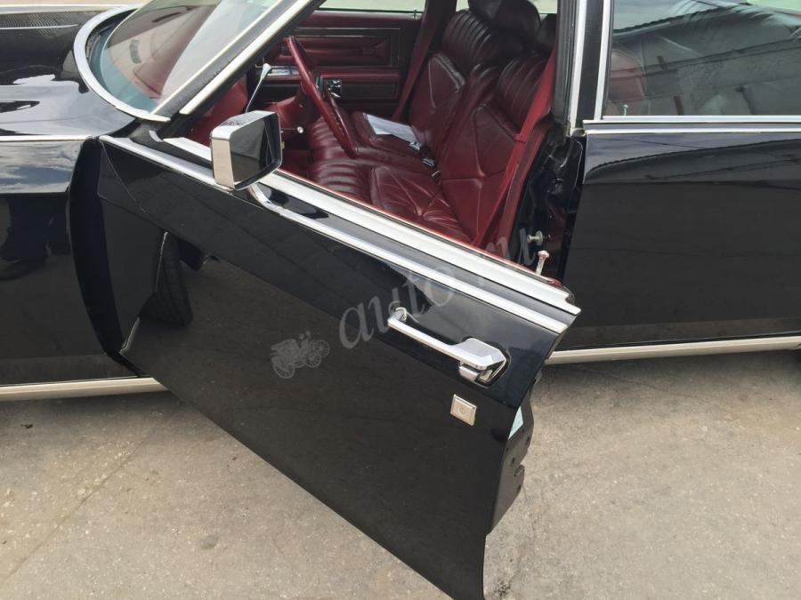 Lincoln Continental V