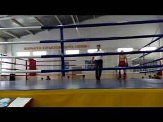Дауренов Ильяс (Синий угол) - Второй бой (2раунд). Астана - 27.11.2015