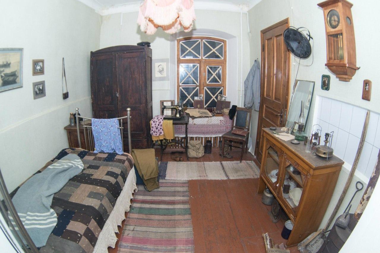 Реконструкция комнаты жителя блокадного Ленинграда