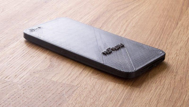 Смартфон NoPhone, созданный для живого общения