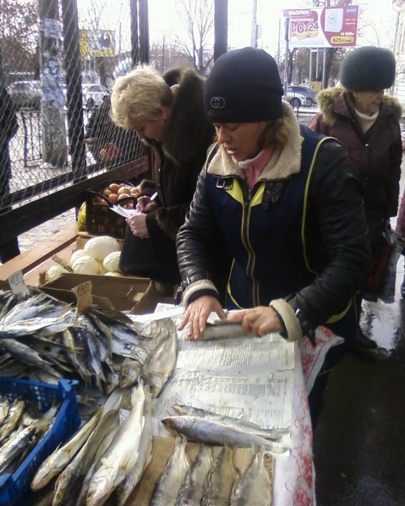 Ветинспекторы провели рейд по борьбе с несанкционированной торговлей в Таганроге