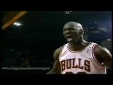 Michael Jordan dunks twice over Alonzo Mourning