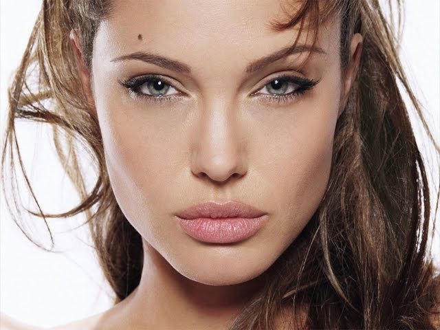 Анджелина Джоли Крупным планом / Angelina Jolie Close up