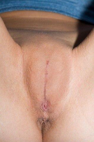 Обрезание женщин порно видео