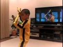 Eu comecei a lutar porque queria parecer o Bruce Lee E ele sera que vai ser também