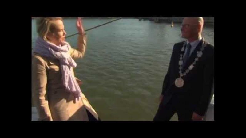 Журналистка упала в реку и др. падения журналистов