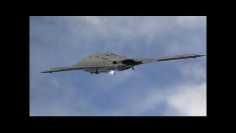 X-47B UCAS-D Боевой беспилотник / Ювелирная посадка на авианосец