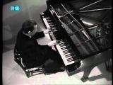 Бетxовен 32 вариации Глен Гульд. Glenn Gould-Beethoven-32 Variations in C minor (HD)