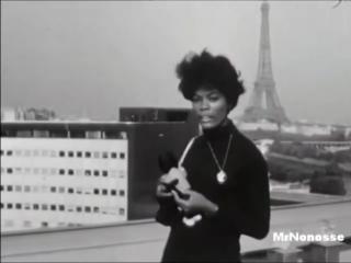 Dionne Warwick - Walk On By (1964)