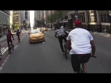 [Нетипичная Махачкала] Негр катается по Нью-Йорку