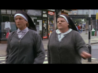 Монахини в бегах (Nuns on the Run, 1990)