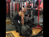 juandieselmorel Crushing back 3 weeks out the @arnoldsports with @julesfit10 Ms Olympia