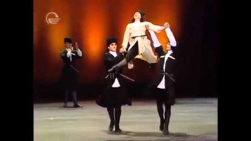 Нино Ананиашвили и Грузинский национальный балет Сухишвили