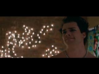 Трейлер фильма «Те, кого нельзя целовать»