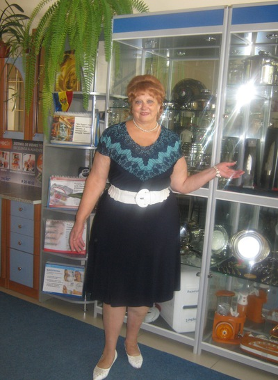 Нина Калкатинж