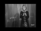Danielle Darrieux (02.1968) - Comme au th