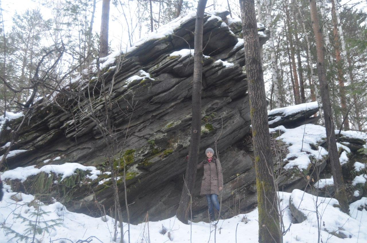 У безымянной скалы