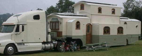 Дворец на колесах