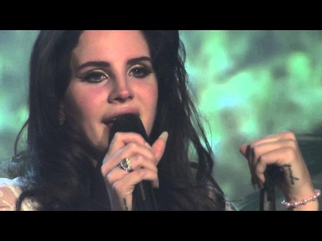 Lana del Rey, Tears of emotion during Video Games, Vicar Street, Dublin 26-05-2013