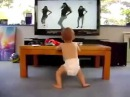 Ребёнок танцует Бейонсе Beyonce Single Ladies оч круто