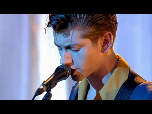 Arctic Monkeys - Why'd You Only Call Me When You're High? (Live)