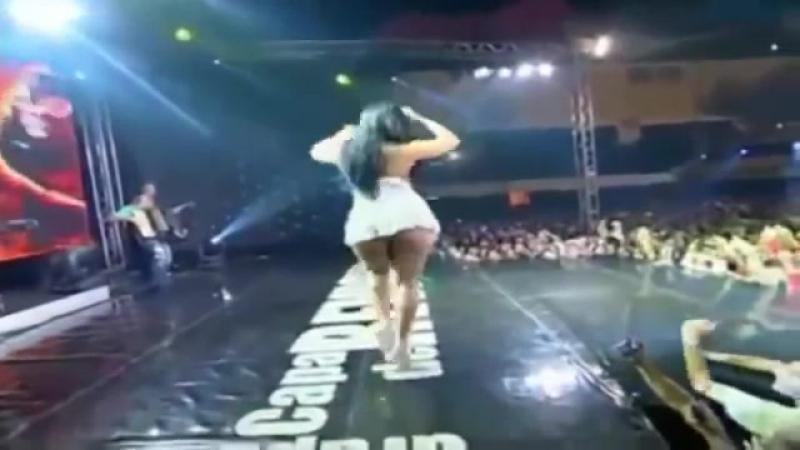 Mulher Melancia Dançando Funk Muito Linda