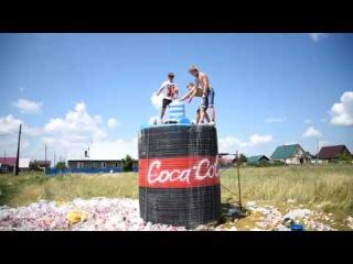 10 000 ЛИТРОВ КОКА КОЛА + МЕНТОС 10 000 liters of Coca Cola + Mentos