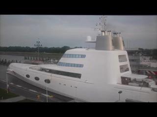 В Лондон прибыла яхта российского олигарха Мельниченко