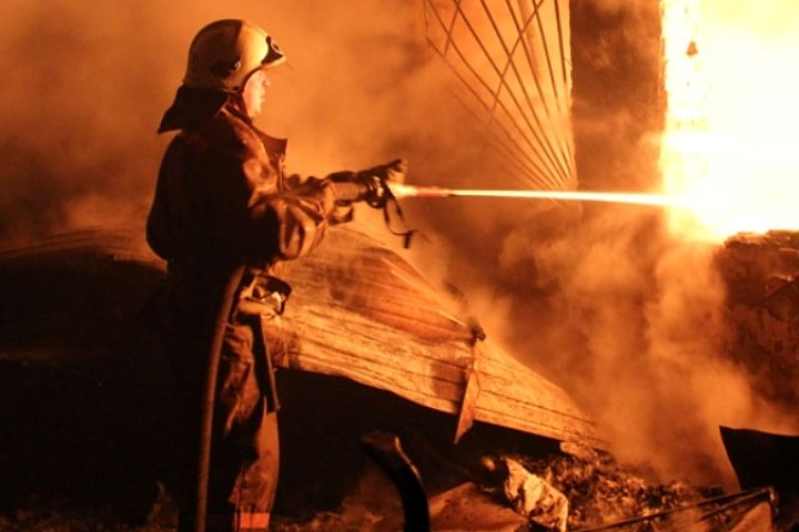 На выходных в Таганроге при пожаре погиб пожилой мужчина