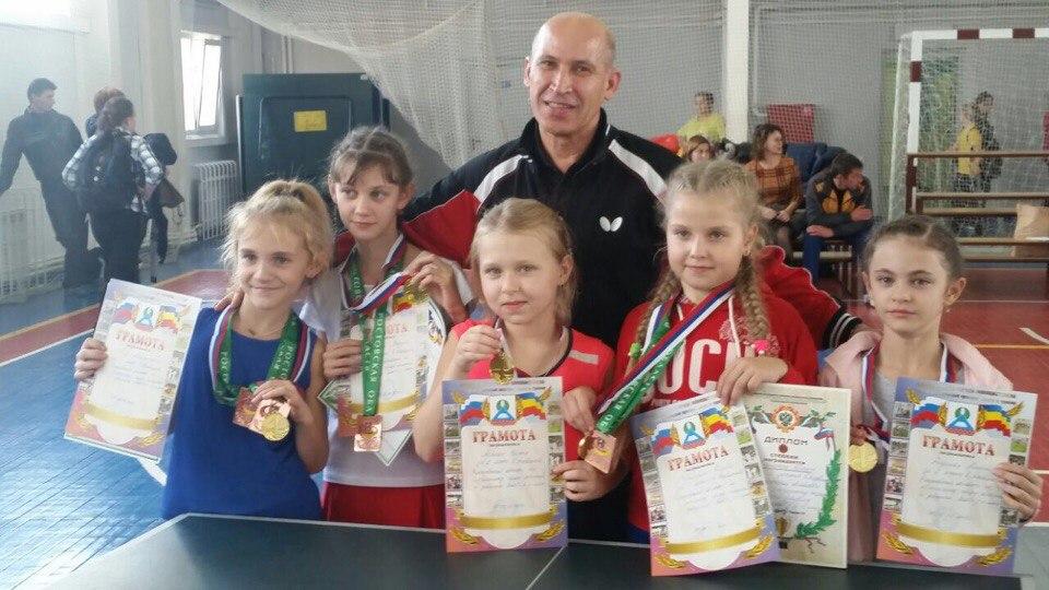 Юные таганрогские теннисисты показали отличные результаты на областном первенстве