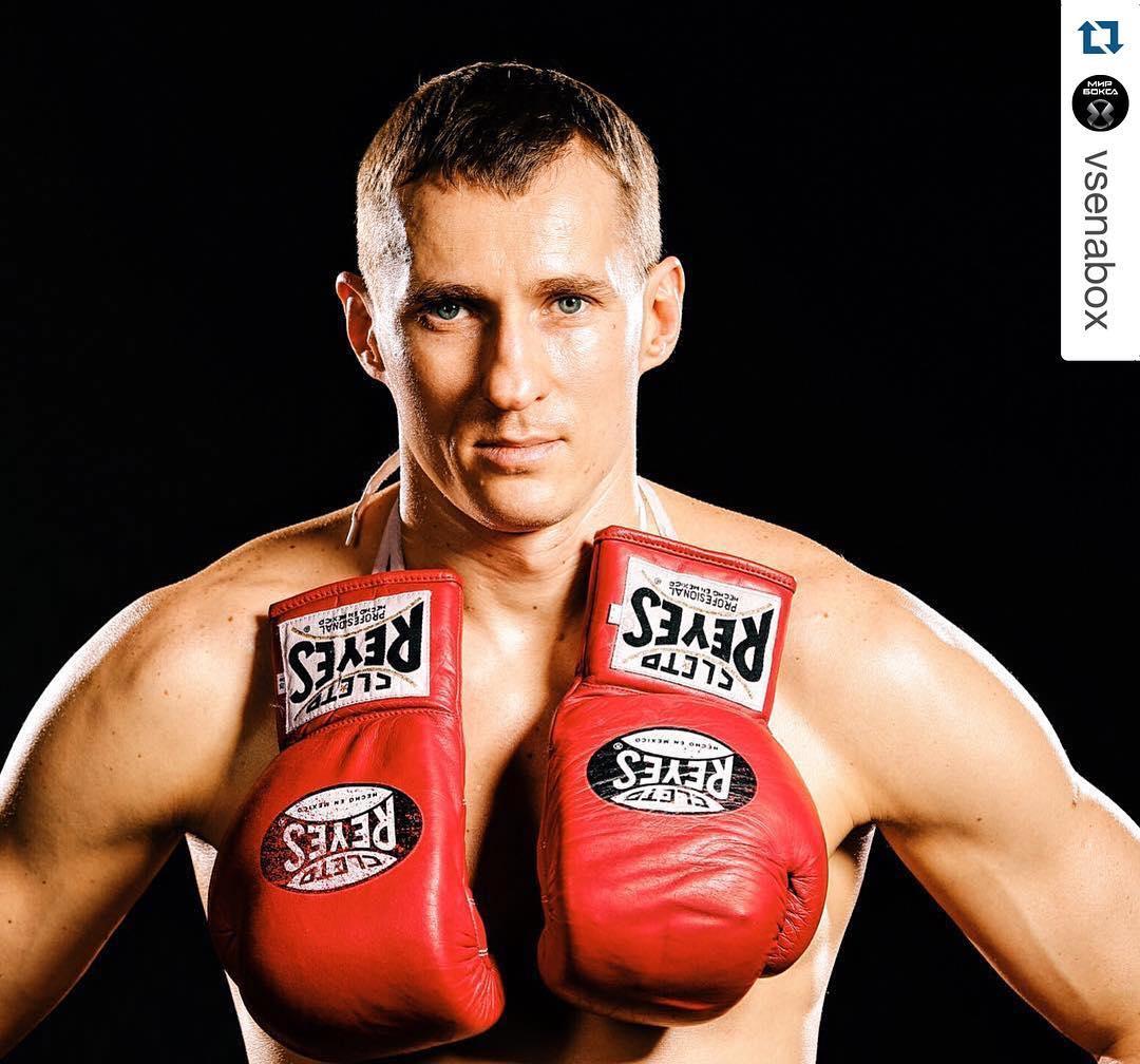 Трояновский проведёт защиту титулов в бою против непобежденного соперника
