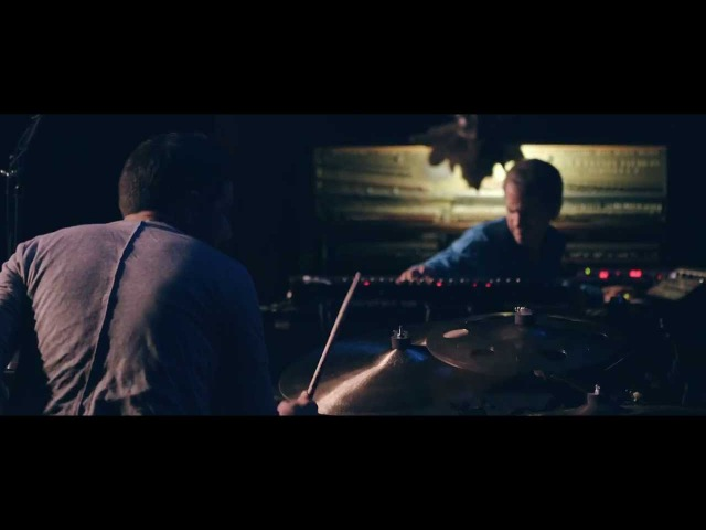 Mehliana (Brad Mehldau Mark Guiliana) - Hungry Ghost (Live)