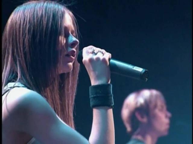 Knockin' on Heaven's Door (Live) [HD] - Avril Lavigne