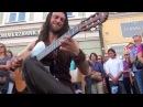 Biểu diễn guitar đường phố không thể chất hơn