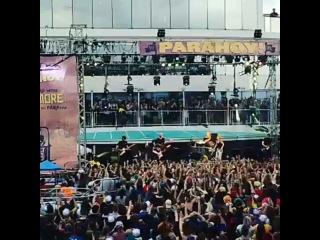 Paramore - Never Let This Go (Parahoy2)