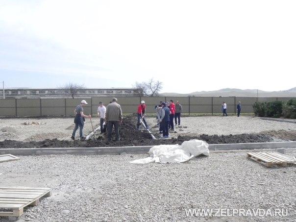 В станице Сторожевой провели субботник на территории нового детского сада