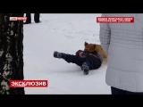 + 18. Нападения львёнка на мальчика! СЛАБОНЕРВНЫМ НЕ СМОТРЕТЬ!