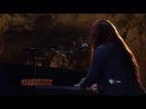 Amy Lee - Find A Way ft. Dave Eggar (Live Full HD)