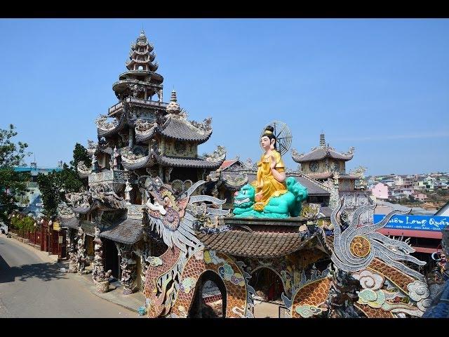 Линь Фуок - храм из стекла. Далат, Вьетнам. Linh Phuoc Pagoda. Da Lat, Vietnam