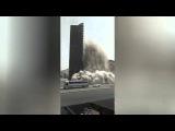 Многоэтажный дом рухнул на глазах у очевидцев