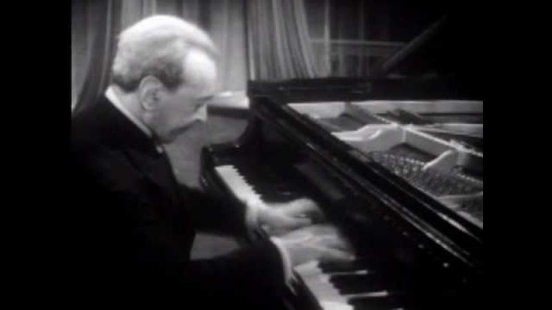Moiseiwitsch plays Schumann Fantasiestucke op. 12