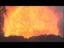 Извержение вулкана крупным планом