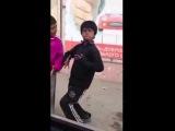 Нетипичный Кавказ. Дагестанские цыгане танцуют лезгинку