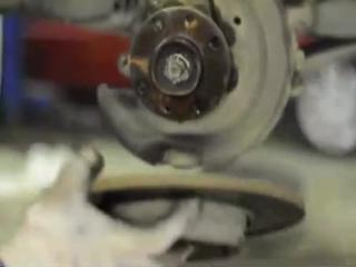 Renault Logan (Рено Логан) замена передних тормозных колодок и дисков