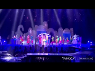 Lady Gaga - Ratchet, Bad Romance (Live @ artRAVE: ARTPOP Ball Tour; Yahoo Stream Paris)