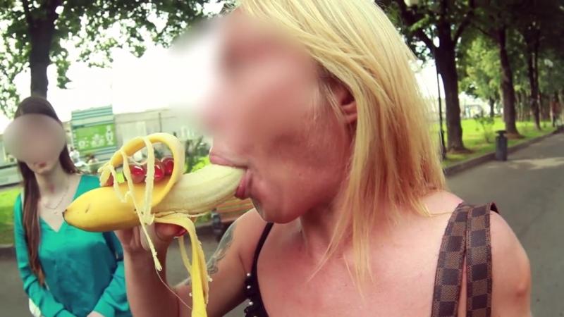 Глубокийминет в сперма горло и смотреть