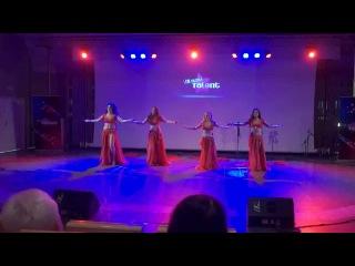 VŠE HLEDÁ TALENT 2015 - Skupina orientálního tance APPOLONIA